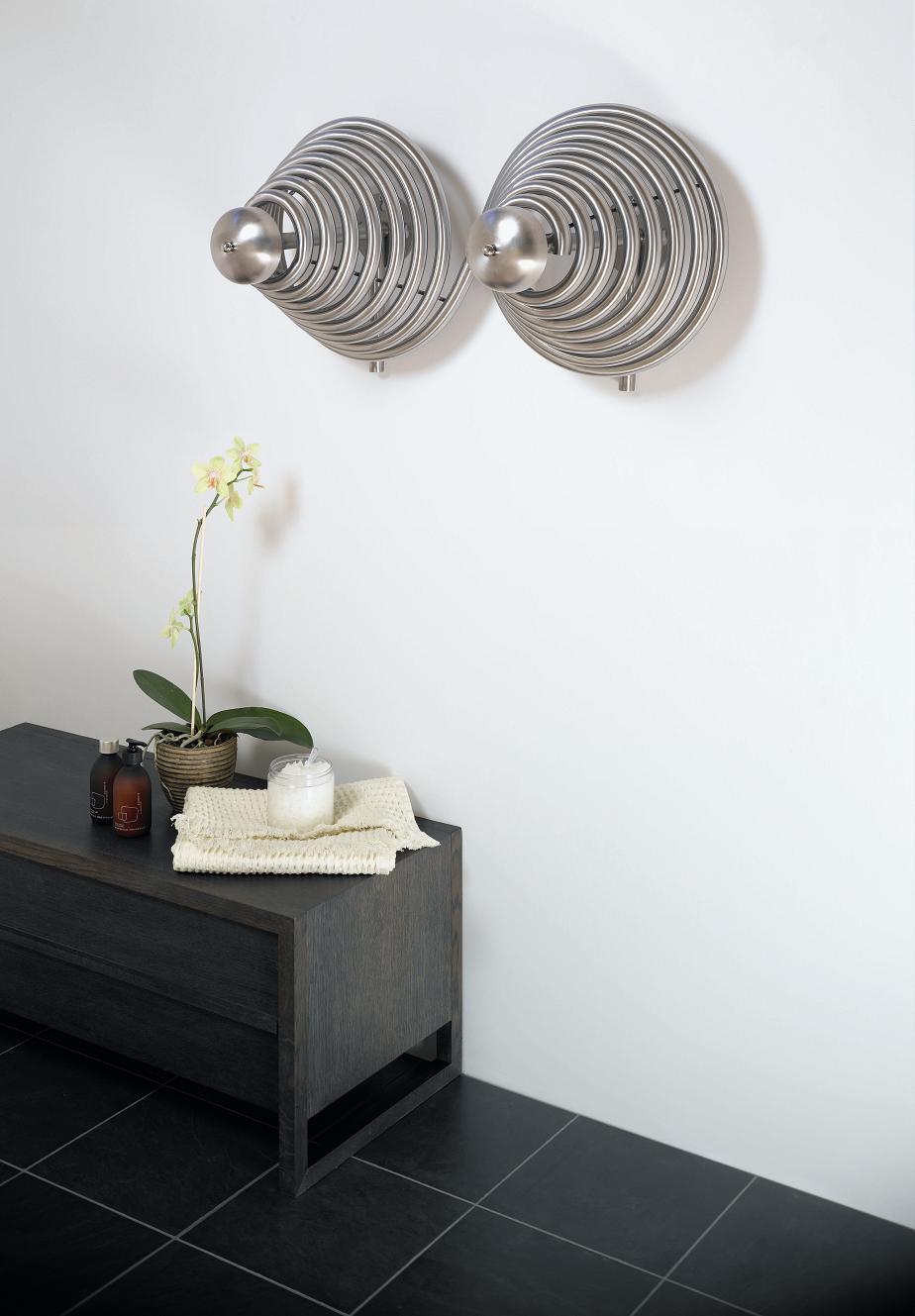 Aeon Pitacs Madonna Design Hot Water Radiator